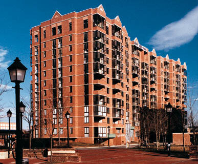 Housing – Meridian at Braddock Center